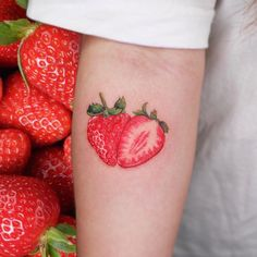 Juicy strawb made by at in South Korea - Womanly Life Future Tattoos, Love Tattoos, Body Art Tattoos, Small Tattoos, Snake Tattoo, I Tattoo, Strawberry Tattoo, Fruit Tattoo, Korean Tattoos