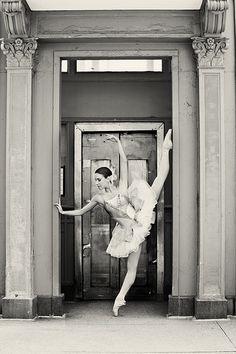 Abigail Simon - Joffrey Ballet