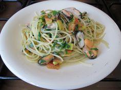 Pasta-Spaghetti moules  et  tomate Gino D'Aquino