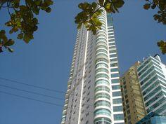 Fachada do Ocean Palace, no bairro Barra Sul , Balneário Camboriú/SC