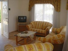 3 seater sofa + 2 seater + 1 seater - Dining & Living - Home & Garden