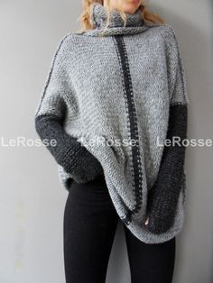 Items similar to Oversized Chunky knit sweater / tunic. on Etsy Handgestrickte Pullover, Pullover Sweaters, Oversized Pullover, Loose Knit Sweaters, Black Knit, Pulls, Look Fashion, Fashion Women, Fashion Trends