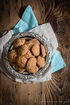 Ciasteczka z nasionami chia | bistro mama Cookies, Desserts, Food, Crack Crackers, Postres, Biscuits, Deserts, Hoods, Meals