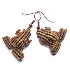 Macrame Frog Earrings