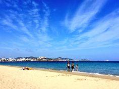 Fantástico día de playa en Ibiza hoy. Viaja a la isla blanca en primavera. Beach day in Ibiza today. Enjoy spring in the white Island.  #Ibiza #beach #playa #viaje #trip #travel #islabonita #whiteisland #spring #primavera