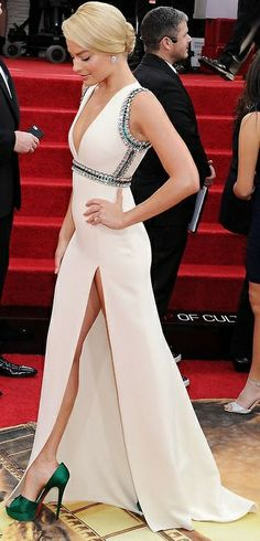 Margot Robbie amazing!!!