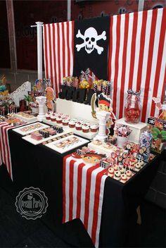 JAKE Y LOS PIRATAS - 2th Birthday - Joaquín Birthday Party Ideas   Photo 1 of 16