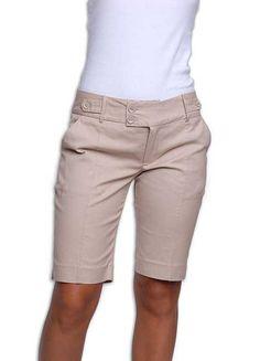 MODA: Como Usar Bermudas Femininas no Verão e Praia! Short Outfits, Chic Outfits, Casual Wear, Casual Shorts, Fashion Pants, Fashion Outfits, Bermuda Shorts Women, City Shorts, Short Suit