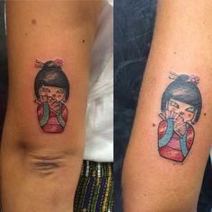 little kokeshi! #tattoos #tatoo #tattoolife #tattoo #tattooed #tatuaje #tattooartist #ink #inked #smalltattoo #small #funny #funnytattoo #colortattoo #color #kokeshi #kokeshitattoo #tattoofriend #tattoofriends #puglia #andria #love