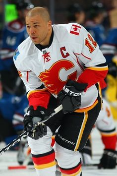 Toughness has always been an essential part of NHL hockey. Ice Hockey Teams, Hockey Puck, Flames Hockey, Hockey Girls, Hockey Mom, Hockey Stuff, Pittsburgh Penguins Hockey, Sport Icon, National Hockey League