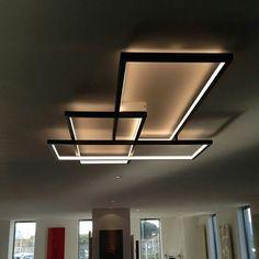 A luminária TRIO LT, Base em aço e luz Led. Projeto e distribuição Cinier.