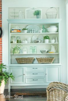 Beautiful hutch makeover!