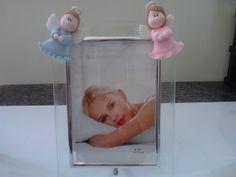Porta retrato com anjinhos de cada lado. R$ 15,00