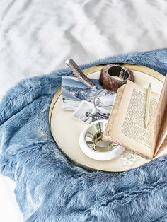 The winter's tale Marie Claire Maison ph. Ad Design, Branding Design, Interior Design, Decorative Accessories, Home Accessories, Winter's Tale, Interior Stylist, Decoration Table, Colour Schemes