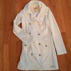 Comfy Billabong long Coat - medium Great condition offwhite/cream Billabong jacket. It's long - falls a couple inches above the knee. Pea coat style, but is a comfy stretchy cotton/polyester...almost like sweatshirt material. Billabong Jackets & Coats
