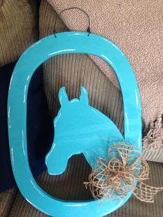 Horse head door hanger