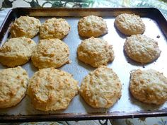 MOZZARELLA CHEESE BISCUITS - very good biscuits and addictive!