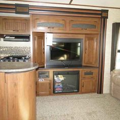 2016 New Jayco WHITE HAWK 33RSKS Travel Trailer in Georgia GA.Recreational Vehicle, rv, 2016 Jayco WHITE HAWK33RSKS, 2nd A/C, 30# LP Gas Bottles, 50AMP Service, Customer Value, Elec Stabilizer Jacks, Entertainment Center W/ Fireplace, Exterior Folding Table, Freestanding Table & Chairs, Front Molded w/LED Headlights Cap, Glacier Package, Power 5-Way Remote, Roof Ladder,