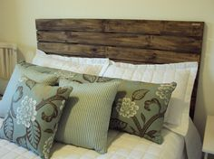 Decoração de quarto com cabeceiras de cama