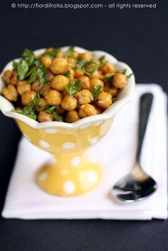 Insalata di ceci dalla cucina libanese: con cumino, succo di limone, prezzemolo e cannella :S...da provare!