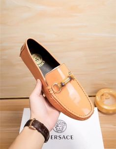 Versace Leather Shoes For Men Versace Shoes, Versace Fashion, Bright Shoes, Formal Shoes For Men, Shoe Game, Shoe Collection, Loafers Men, Leather Shoes, Casual Shoes