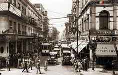 EsquinadelascallesRepúblicadelBrasilyTacuba. CiudaddeMéxico, c. 1922.
