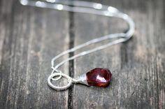Crystal Drop Necklace Red Magma Swarovski Crystal by DevikaBox  #jewelry #swarovski #necklace #etsy #etsyjewelry #devikabox #swarovskijewelry #crystalnecklace