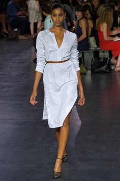 The TRULY CLASSIC white shirtdress...can be accessorized with ANYTHING!! Altuzarra spring 2015 runway