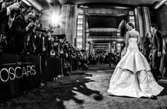 The 24 Most Breathtaking Red Carpet Moments Of Jennifer Lawrence in Dior Jennifer Lawrence, Oscars 2013, Elle Mexico, American Hustle, Hollywood Photo, Academy Award Winners, Glamour, Nice Dresses, Beautiful People