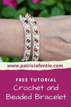 Crochet Bracelet Tutorial, Crochet Beaded Bracelets, Beaded Bracelets Tutorial, Beaded Bracelet Patterns, Handmade Bracelets, Beaded Earrings, Wrap Bracelets, Bracelet Designs, Seed Beads