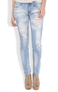 Machine Skinny Jean in Super Light Blasted Wash with Destruction