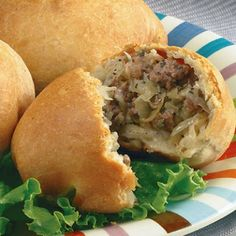 Runzas (Bierocks) Recipe - Servings: 12 Skills: Intermediate Prep Time: 15 min (not including thaw time) Bake Time: min Great Recipes, Dinner Recipes, Favorite Recipes, Frozen Dinner Rolls, Pan Relleno, Beef Dishes, Ground Beef Recipes, Brunch, Food And Drink