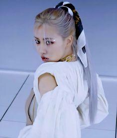 K Pop, Kpop Girl Groups, Korean Girl Groups, Kpop Girls, Foto Rose, Memes Blackpink, Fandom Memes, Blackpink Video, Black Pink Kpop