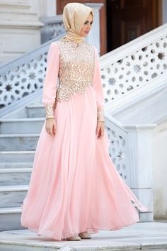 Tesettürlü Abiye Elbiseler - Dantel Detaylı Somon Abiye - Tesetturisland.com