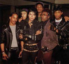 Michael Jackson....siempre he querido el vestuario de Bad.