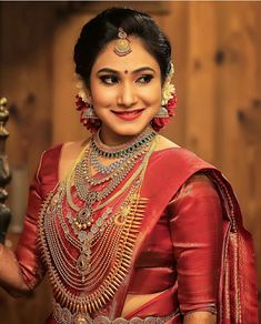 Image may contain: one or more people and closeup South Indian Wedding Hairstyles, South Indian Weddings, South Indian Bride, Indian Bridal, Pattu Sarees Wedding, Bridal Silk Saree, Silk Sarees, Kerala Bride, Hindu Bride