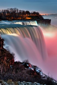 ✯ The American Falls in Niagara Falls New York State Park
