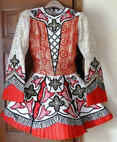 STUNNING IRISH DANCE DRESS!!!  MAKE ME AN OFFER!!!