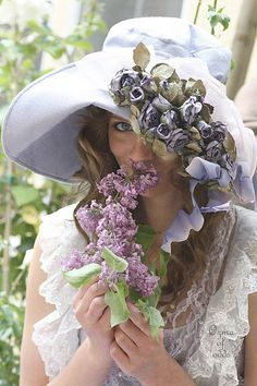 lavender, lilac and mauve Mauve, Lavender Cottage, Lavender Garden, Lavender Tea, Purple Garden, Fancy Hats, Wearing A Hat, Love Hat, Glamour