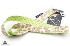 Schlüsselband von Lieblingsmanufaktur: Farbenfrohe Loop Schals, Tücher und mehr auf DaWanda.com