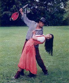 Love this movie Bollywood Couples, Bollywood Outfits, Bollywood Stars, Srk Movies, 2015 Movies, King Of My Heart, King Of Hearts, Shahrukh Khan And Kajol, Salman Khan