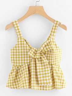 Pin on close Pin on close Teen Fashion Outfits, Look Fashion, Trendy Outfits, Girl Fashion, Girl Outfits, Cute Summer Outfits, Cute Outfits, Looks Black, Yellow Fashion