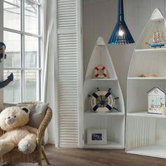 Страдания по синему 🌊  Я критично отношусь к обработке полуискуственных материалов, типа фанеры, маслами. Хватит с фанеры и простого лака… Bookcase, Shelves, Home Decor, Shelving, Decoration Home, Room Decor, Shelf, Interior Design, Home Interiors