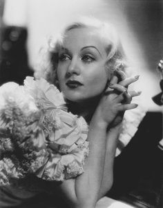 Carole Lombard 1908 - 1942 photo William A. Hollywood Cinema, Old Hollywood Stars, Golden Age Of Hollywood, Hollywood Actresses, Classic Hollywood, Pure Hollywood, Hollywood Style, Vintage Hollywood, Carole Lombard