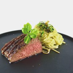 Roast Beef with Asparagus Pasta. Tasty marinated roast beef served with some light asparagus pasta Pasta Recipes, Beef Recipes, Chili, Asparagus Pasta, Professional Chef, Food Industry, Kraut, Pasta Noodles, Lamb