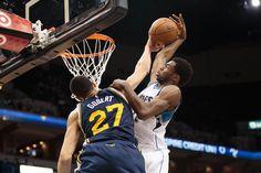 Poster dunk vs contre : les images du duel en haute altitude entre Rudy Gobert et Andrew Wiggins