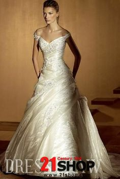 Gorgeous A-line Sleeveless Off the Shoulder Floor Length Court Bridal Wedding Dress 3AA0168