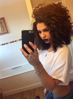 - Peinados y pelo 2017 para hombre y mujeres Short Curly Hair, Short Hair Cuts, Curly Hair Styles, Natural Hair Styles, Love Hair, Big Hair, Gorgeous Hair, Pelo Natural, Natural Curls