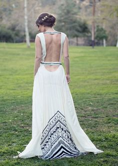 "Nak kawen again. ""Our favorite bridal style: wedding dresses with unique backs and daring details - Wedding Party"""