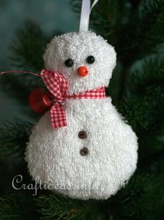 Free Fabric Christmas Craft Project - Washcloth Snowman